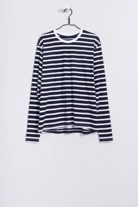 bbBoyfriendTop_01_navy-and-white-stripe