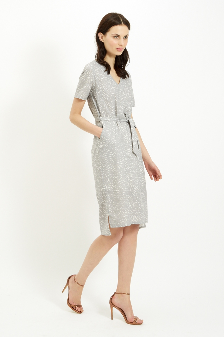 phoebe-dress-in-grey-6ee17eecbad1.jpg